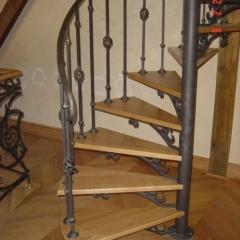 balustrady-schody-metalowe-krete-b227